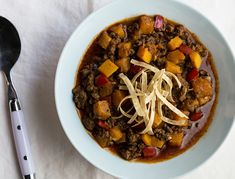 Beefy Butternutty Chili from our blog -- this is a traditional chili (read: your family will like it) with a wonderful, subtle sweetness from butternut squash. Perfect for Phase 1 and Phase 3.