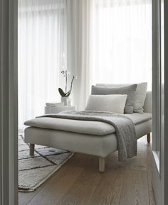 Furniture leg in ash wood: Svea 150 - Susanne Krone - Furniture leg in ash wood: Svea 150 Who said neutrals are boring? We're loving this stunning minimalist living room featuring an Söderhamn sofa and our SVEA 150 in Ash Natural! Small Living Room Design, Small Living Rooms, Living Room Sofa, Living Room Interior, Living Room Furniture, Living Room Designs, Living Room Decor, Wooden Furniture, Antique Furniture