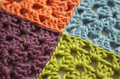 How to join together crochet motifs and granny squares using mattress stitch or . How to join together crochet motifs and granny squares using mattress stitch or invisible join. Joining Crochet Squares, Granny Square Crochet Pattern, Crochet Blocks, Crochet Borders, Crochet Stitches Patterns, Crochet Granny, Crochet Motif, Crochet Yarn, Crochet Edgings