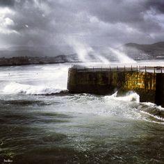Marejada en el Puerto Viejo de Algorta, Getxo, por Donibane Bilbao, Basque Country, Come And Go, Beautiful World, Niagara Falls, Places To Visit, Earth, Sweet, Photography