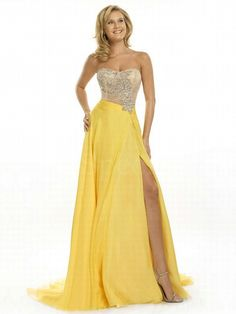 Exquisite Daffodile A-line Scoop Neckline Split Sweep Train Evening Dress-SinoSpecial.com
