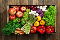 A diet has also been shown to improve glycemic control in type 2 diabetes better than calorie-restricted low-carbohydrate diets the researchers note. The randomized controlled trial in 73 adults showed that participants who ate a diet of Plant Diet, Plant Based Diet, Healthy Carbs, Healthy Life, Healthy Breakfast Recipes, Healthy Recipes, Low Carbohydrate Diet, Nutrition And Dietetics, Fiber Foods
