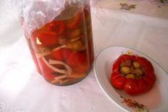 Reteta Gogosari umpluti cu struguri Vegetables, Food, Essen, Vegetable Recipes, Meals, Yemek, Veggies, Eten