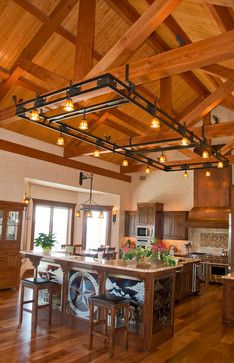 Hill Country Home - Timber Kingpost