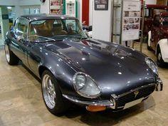 Jaguar V12, Jaguar Daimler, Jaguar E Type, Jaguar Cars, My Dream Car, Dream Cars, Car Tuning, Vintage Cars, Cool Cars