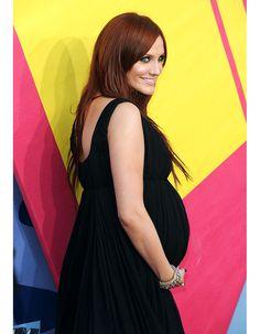 Ashlee Simpson enceinte