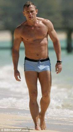 Ursula Andress, Daniel Craig James Bond, Daniel Craig Body, Craig 007, Craig David, James Bond Movies, Rachel Weisz, Hommes Sexy, Hot Men