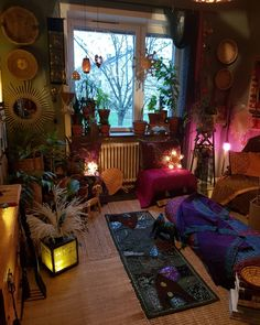 Decorating Your Meditation Room - The Meditation Tree Room Ideas Bedroom, Bedroom Decor, Bedroom Photos, Chill Room, Appartement Design, Deco Boheme, Indie Room, Pretty Room, Aesthetic Room Decor