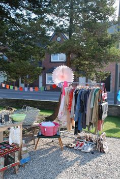 Stylish Garage Sale I could def do this when I clean out my closet