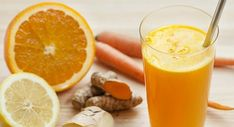 5 Turmeric Tea Recipes - Plus The Health Benefits Of Turmeric Turmeric Juice, Turmeric Smoothie, Turmeric Health Benefits, Smoothie Curcuma, Smoothie Without Yogurt, Tropical Smoothie Recipes, Natural Appetite Suppressant, How To Make Smoothies, Nutrition Chart