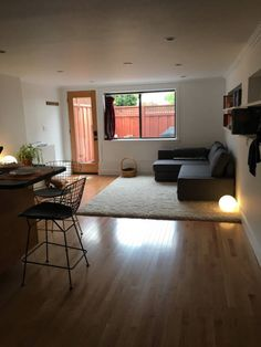 Check out this awesome listing on Airbnb: Fresh Modern Patio Apartment - Apartments for Rent in San Francisco - Get $25 credit with Airbnb if you sign up with this link http://www.airbnb.com/c/groberts22