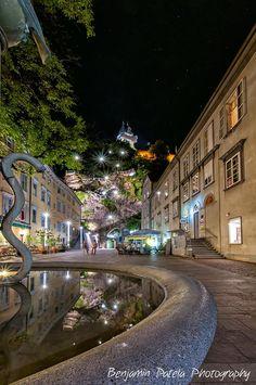 A view to the Schlossberg in Graz Graz Austria, Salzburg Austria, Places Around The World, Around The Worlds, Living In Europe, Heart Of Europe, World Pictures, Central Europe, European Travel