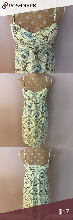 Tommy Bahama✨Dress Muted greens and aqua. Soft material. Light padding in bust. Tommy Bahama Dresses