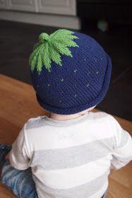 stickad blåbärsmössa mönster barn