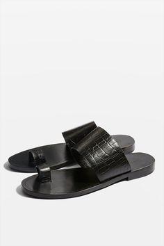 adc65fb1f8aa17 Carousel Image 0 Toe Loop Sandals