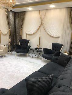 Teal Living Rooms, Small Living Room Design, Home Room Design, Living Room Sofa, Home And Living, Living Room Designs, Living Room Decor, Küchen Design, Sofa Design