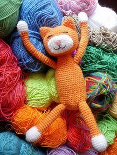 crochet cat. Inspiration only.