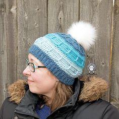 Juneau Blues Beanie Free Crochet Hat Pattern How To Start Crochet, All Free Crochet, Hooded Scarf Pattern, Beanie Pattern, Afghan Crochet Patterns, Knitting Patterns, Hat Patterns, Red Heart Yarn, Crochet Hooks