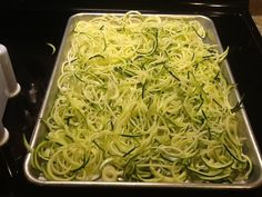 How to Make Zucchini Noodles - one of my ultimate favorite paleo sides! You can add anything to it - sauce, veggies, flavors. Super healthy, too! Zoodle Recipes, Spiralizer Recipes, Vegetable Recipes, Low Carb Recipes, Vegetarian Recipes, Cooking Recipes, Healthy Recipes, Healthy Cooking, Healthy Eating