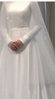 Muslimah Wedding Dress, Sheer Wedding Dress, Modest Wedding Gowns, Muslim Wedding Dresses, Dream Wedding Dresses, Bridal Outfits, Bridal Dresses, Designs For Dresses, Beautiful Dresses