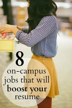 Looking for a job in college? Check out these 8 unexpected on-campus jobs that will boost your resume for the future! College Years, My College, College Hacks, College Girls, Freshman Year, Gaston College, College Football, College Agenda, Ithaca College