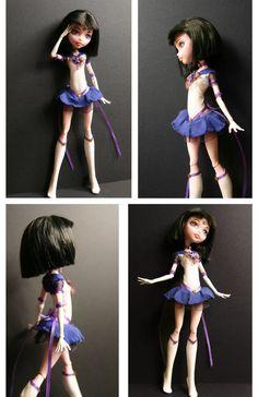 Custom Sailor Saturn Doll - ooak from Draculaura Custom Monster High Dolls, Monster High Repaint, Custom Dolls, Sailor Moon, Sailor Saturn, Pretty Dolls, Beautiful Dolls, Unique Toys, Doll Painting