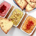 gemakkelijke, gezonde en snelle hummus rode biet gegrilde paprika en kip curry op Kokerellen