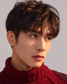 """Exceptional """"mens hairstyles short"""" detail is readily available on our web pages. Take a look and you will not be sorry you did. Korean Male Models, Asian Male Model, Korean Men Hairstyle, My Hairstyle, Ulzzang Hairstyle, Korean Male Hairstyles, Japanese Hairstyles, Men's Hairstyles, Song Wei Long"""