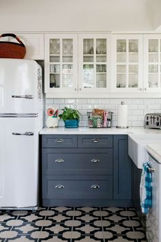 Kitchen Cabinetry - CLICK THE IMAGE for Many Kitchen Ideas. #kitchencabinets #kitchenorganization