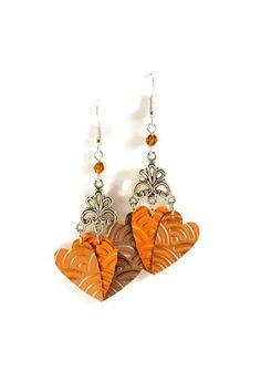 Boucles d'oreilles Coeurs allongés de la boutique CapAndPapBoutique sur Etsy. 5.20€
