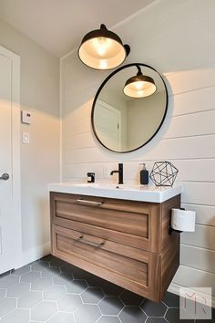 Keep your bathroom feeling open and bright instead of dark and cluttered with these modern bathroom lighting ideas and tips. Keep your bathroom feeling open and bright instead of dark and cluttered with these modern bathroom lighting ideas and tips. Bathroom Renos, Bathroom Flooring, Bathroom Interior, Small Bathroom, Bathroom Remodeling, Ikea Bathroom Vanity, Master Bathroom, Remodel Bathroom, Bathroom Modern