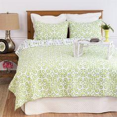 Boxwood Abbey Full/Queen Quilt Standard Pillow Shams Mini Bedding Set