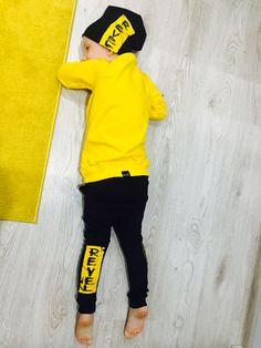 Sweatshirt Outfit, Kids Fashion, Yellow, Sweatshirts, Outfits, Suits, Trainers, Sweatshirt, Junior Fashion