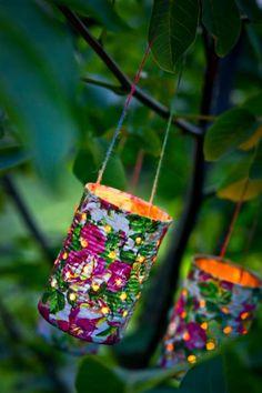 Laternen aus Konservendosen Quick and easy homemade lanterns: tin can lanterns! Tin Can Crafts, Diy And Crafts, Crafts For Kids, Arts And Crafts, Recycled Garden, Recycled Crafts, Homemade Lanterns, Tin Can Lanterns, Farmhouse Style Decorating