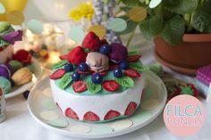 felt cake - play food