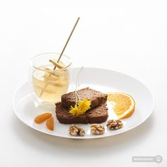 Detox by Laviesage • nutcake & ginger tea