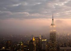 great skyline photo of my favorite place to visit - New York City! Skyline Photography by Raceytay, $25.00