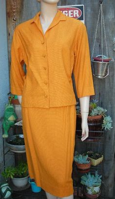 1960's Lightweight, pumpkin-colored Evan-Picone ladie's suit - size M - pinned by pin4etsy.com