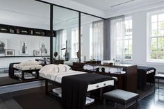 The ultimate home relaxation: a massage room.