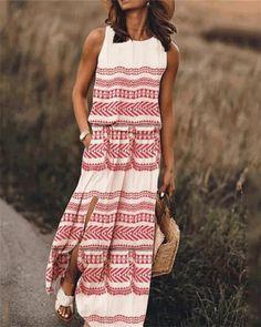 Boho Chic Smart Casual Short Sleeve Creamy White Cotton Mix Linen Pleated Front Boho Dress Tunic With Curve Hem