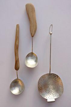 Silver Spoons par Helena Emmans.  http://helenaemmansartist.com/