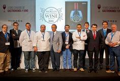 Estrellas Michelin coinciden en la potencialidad de la cocina canaria en el simposio organizado por Bodegas Torres https://www.vinetur.com/2014050815284/estrellas-michelin-coinciden-en-la-potencialidad-de-la-cocina-canaria-en-el-simposio-organizado-por-bodegas-torres.html