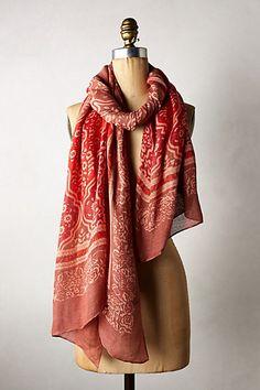 New way to wear a scarf
