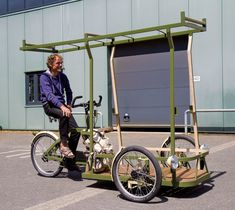 EnVanCorven builds one-off models cargo trikes tailored for large heavy and special transport. 4 Wheel Bicycle, Bike Cargo Trailer, Electric Cargo Bike, Photo Backpack, Mobile Food Cart, Velo Cargo, Iron Man Wallpaper, Bike Storage, Bike Style