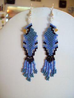 Native American Design Beaded Blue Jay Wild Life Bird Earrings via Etsy i like these--vi Animal Earrings, Bird Earrings, Seed Bead Earrings, Etsy Earrings, Butterfly Earrings, Beaded Earrings Patterns, Seed Bead Patterns, Beading Patterns, Art Perle