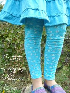 Patchwork Posse declares these the cutest legging pattern ever