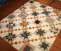 Bungalow Bay Quilts-- here they are combined with the Four Patch chain blocks in a preliminary layout on the design floor. Sampler Quilts, Star Quilts, Scrappy Quilts, Mini Quilts, Halloween Quilts, Halloween Quilt Patterns, Halloween Fabric, Quilting Projects, Quilting Designs