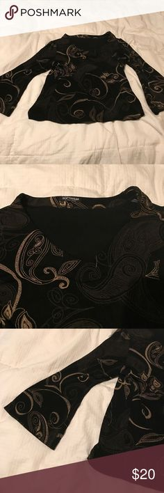 Black/gold Softwear top Cute Black/gold top by Softwear. This is a SML one size fits all. Very lightweight & feels great on. Has a V neck Softwear Tops