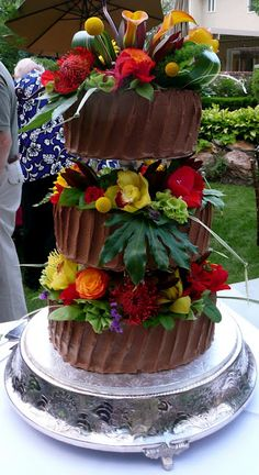 Tropical Wedding cake for the reception!