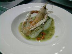 Merluza en salsa verde con cigala en restaurante El Portillo www.ghbarbastro.com